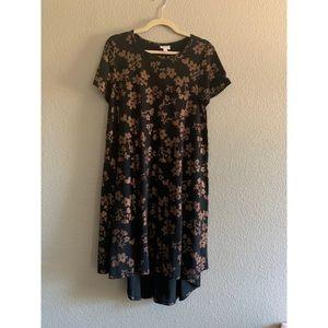 LuLaRoe Carly Dress Size Small. Metallic Detail
